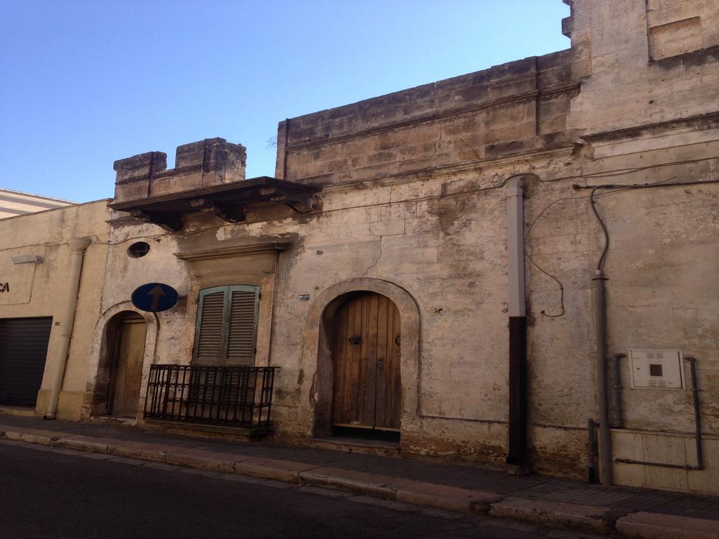 Abitazione antica al centro  RIF 269
