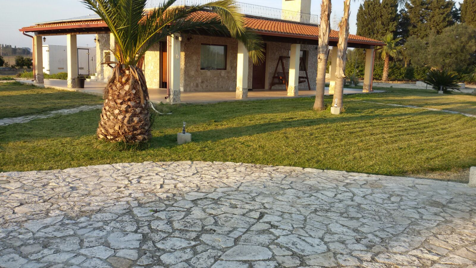 Villa con piscina  rif.324