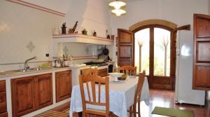 villa-antonietta-masseria-luxury-property-puglia-ostuni-12-300x167