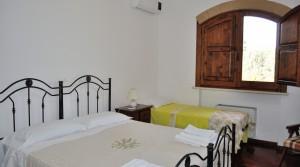 villa-antonietta-masseria-luxury-property-puglia-ostuni-9-300x167