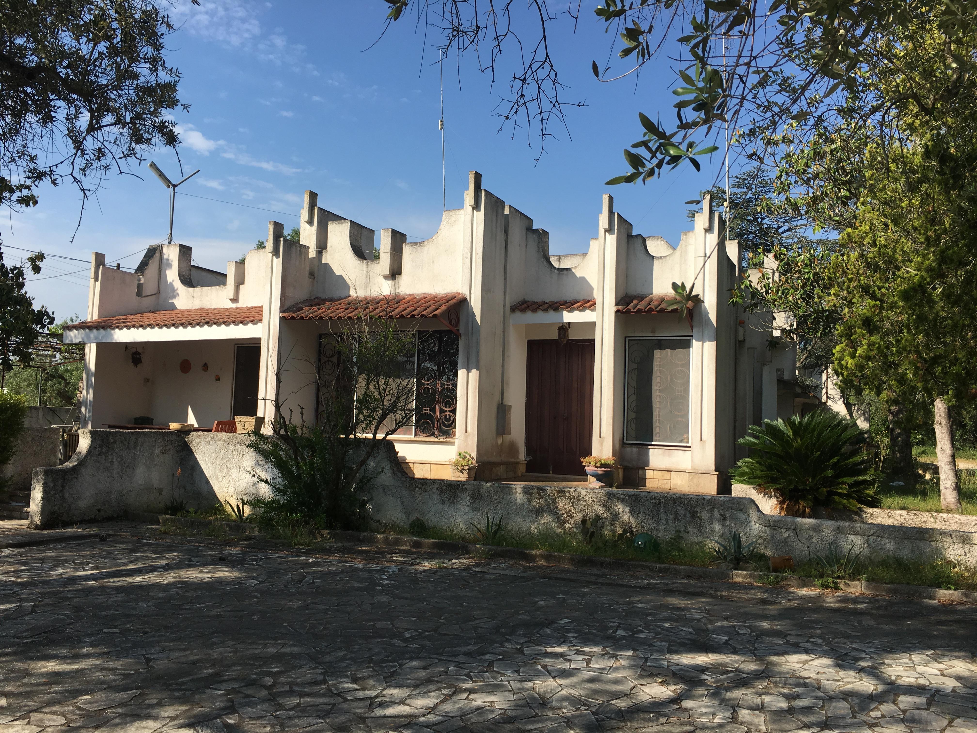 """Villa con parco zona """"Torretta"""" rif.384"""